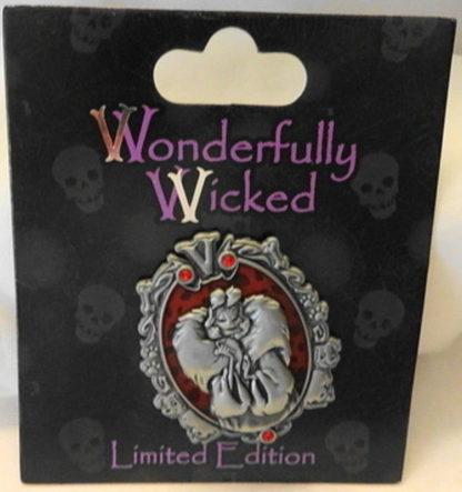 Disney Wonderfully Wicked Cruella De Vil Villain Limited Edition Pin New On Card Front