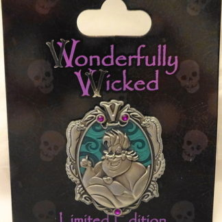 Disney Wonderfully Wicked Ursula Little Mermaid Villain LE Pin New On Card Front
