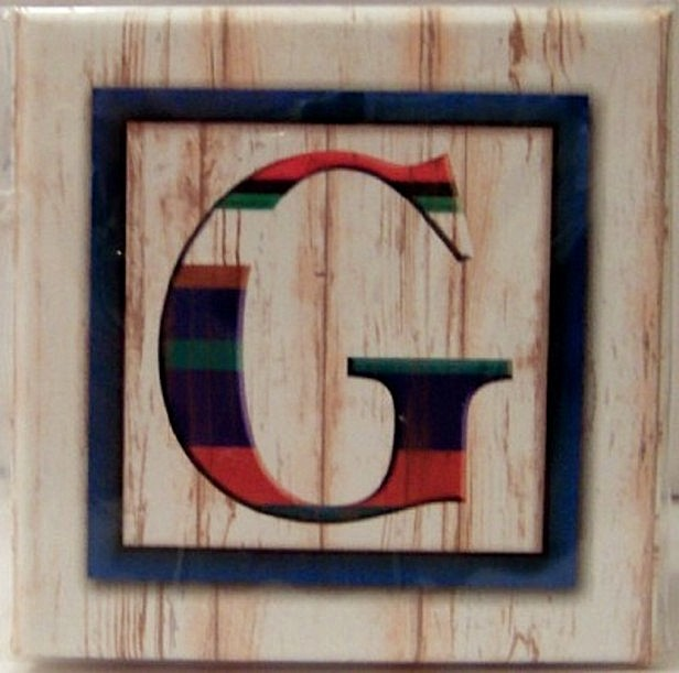 Pooch & Sweetheart G Initial Trinket Box Front