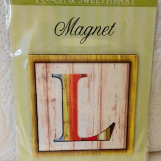Pooch & Sweetheart L Initial Flat Magnet Front