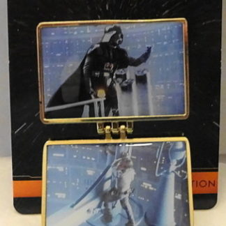The Empire Strikes 2015 Pin Star Wars Weekends New On Card Front Pin Open
