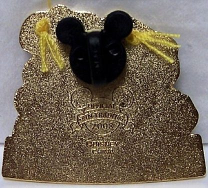 DISNEY MICKEY DONALD GRADUATION PIN NEW BACK