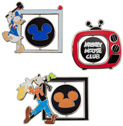 Disney Mickey Mouse Club Limited Edition 500 Pin Set Donald, Mickey, and Goofy Out Of Box LLogo Sides Stock Photo