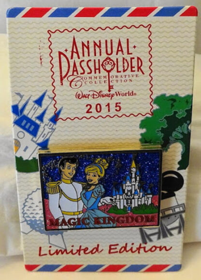 Disney WDW Cinderella & Prince Postcard Passholder 2015 LE Pin New On Card Front