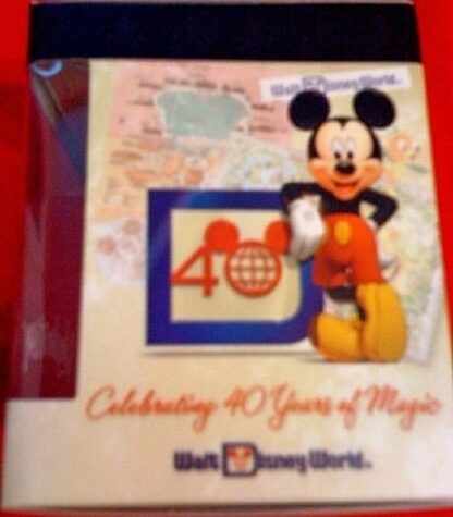 Disney Vinylmation Celebrating 40 Years Of Magic WDW Figure New In Box Side 1